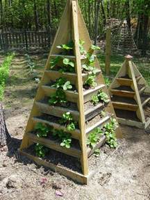 how to build a vertical pyramid planter for herbs