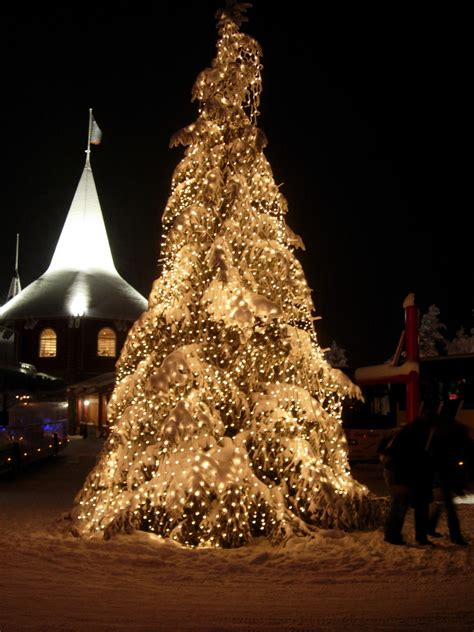 datoteka christmas tree at santa claus village jpg