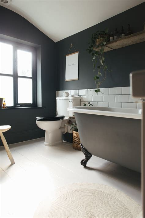 dark painted bathrooms choosing a light or dark bathroom colour scheme for a