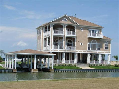vacation homes for rent in galveston small