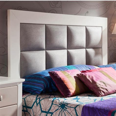 cabecero de cama en madera maciza  tapizado  polipiel