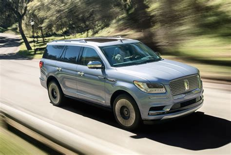 lincoln navigator 2018 lincoln navigator revealed in production form