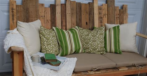 outdoor sofa   pallet wood hometalk