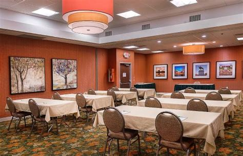 rooms to go outlet forest park outdoor pool picture of inn forest park louis tripadvisor