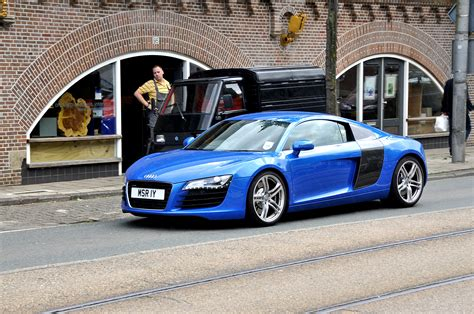 Blue Audi R8 by 2012 Audi R8 Blue 200 Interior And Exterior Images