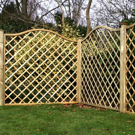 Fencing And Trellis 5 11 X 5 11 Waltons Pressure Treated Wavey