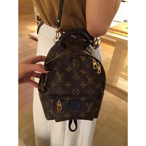 Travel Bag Kanvas Lv Mini 25 best ideas about louis vuitton backpack on