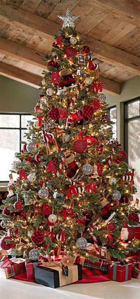 most beautiful christmas decorated homes most beautiful and creative christmas trees all about