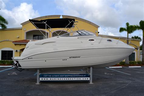 cabin cruisers for sale sold cruiser power boats in west palm vero