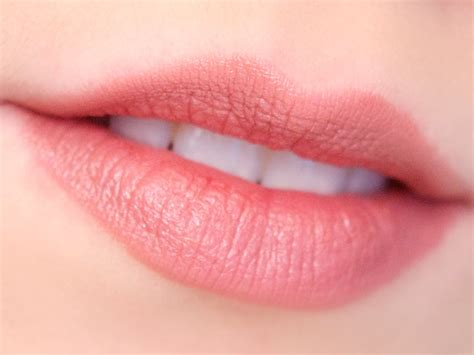 Odbo Lip Tato how to choose the right color of lipstick for you