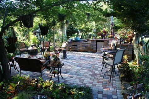 lawn garden picturesque courtyard garden design with 17 best images about courtyard landscaping ideas on
