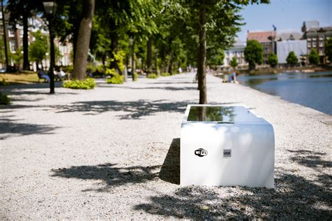solar bench solar bench park wifi and usb solar bench com