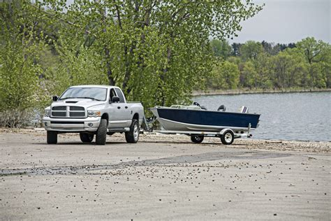 towboat hand signals 7 tips for tow tow towing your boat the allstate blog