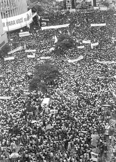 Fotógrafo relembra comício das Diretas que reuniu 300 mil