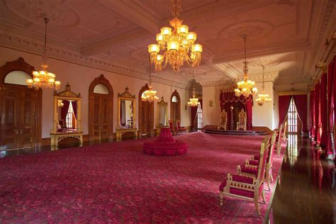 the throne room visit iolani palace in honolulu for hawaii history