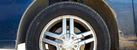 safe  drive  cracks  car tire sidewall