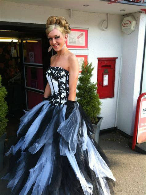 crossdressing teen prom dress crossdressing boys in prom dresses