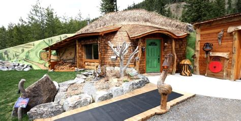 Hobbit Home Interior 10 Best Hobbit Homes You Can Rent Right Now