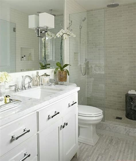 white tile bathroom design ideas 25 best ideas about small white bathrooms on