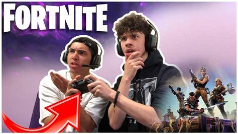 will fortnite be split screen how to play split screen on fortnite battle royale