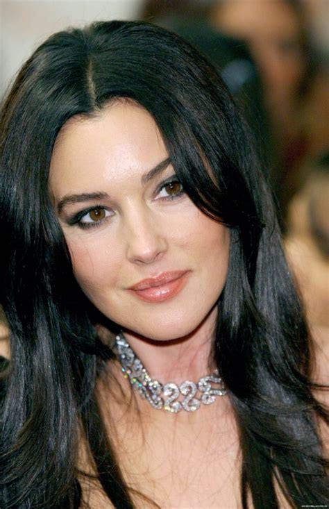 monica bellucci awards gq men of the year awards 2003 monica bellucci