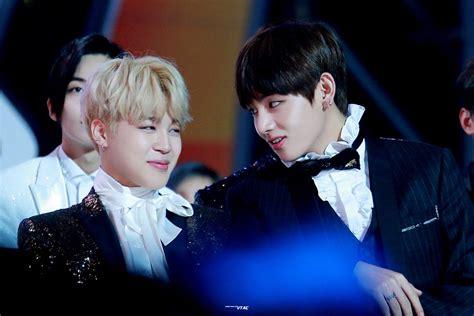 kim taehyung jimin event jimin and taehyung flirting at the mma s