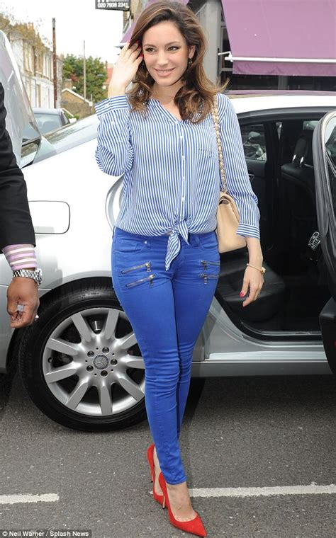 celebrity juice last week kelly brook plays it safe in jeans as she heads to filming