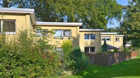 wohnungen in essen werden wohnen 177 wohnungen am alfredspark in holsterhausen