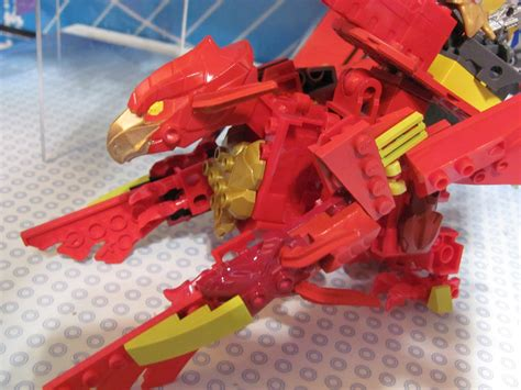 Mainan Figure Titan fair 2014 tenkai knights and dreamworks dragons ionix sets from spin master