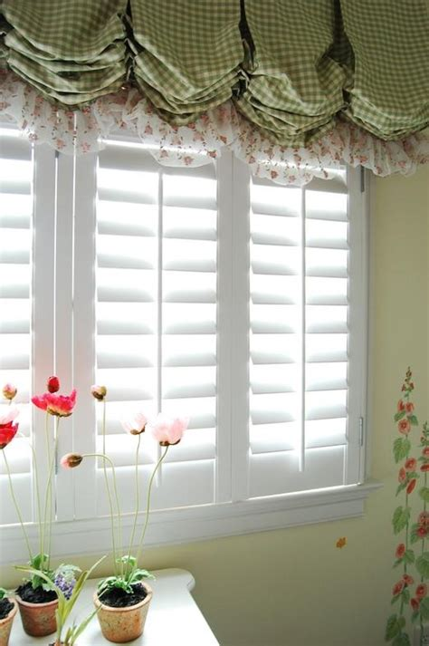 country window treatments 34 best images about window treatments on