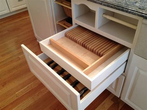 cabinet with lots of drawers 124 best images about kitchen on pinterest custom