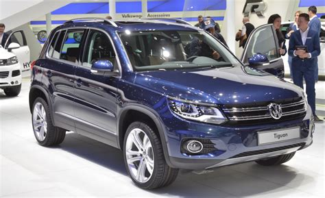 how to learn all about cars 2012 volkswagen touareg windshield wipe control 2012 volkswagen tiguan revealed vw tiguan news car and driver