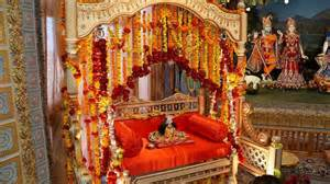 How To Decorate A Temple At Home by 15 Krishna Janmashtami Decoration Pictures And