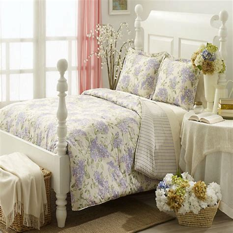 lilac comforters top 28 lilac and green bedding garden floral duvet