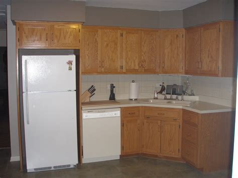 kitchen cabinet reviews american woodmark kitchen cabinets reviews scandlecandle com