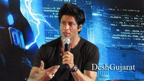 film robot sharukhan candid report on shahrukh khan s ra one visit to ahmedabad
