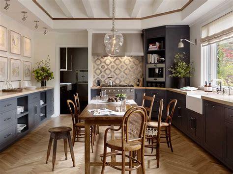 eat in kitchen furniture kuchnie klasyczne angielskie wiejske prowansalskie
