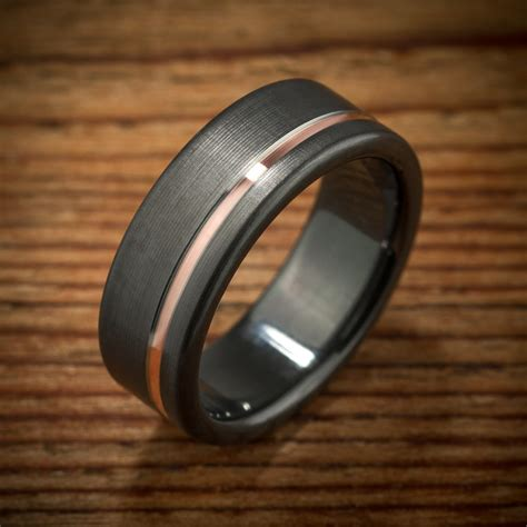 Ac 8512 Rosegold Black offset gold stripe black zirconium ring gold stripes and
