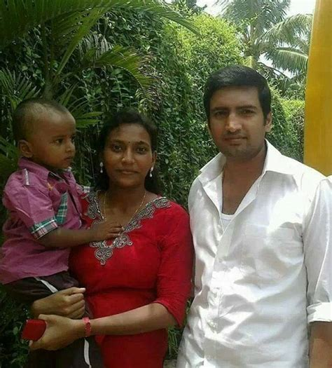 actor comedy kollywood santhanam family photos celebrity family wiki