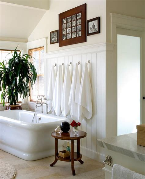 Bathroom Towel Hanging Ideas | beautiful bathroom towel display and arrangement ideas