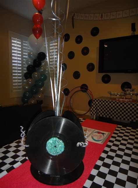 45 record centerpiece centerpiece made from records record centerpieces