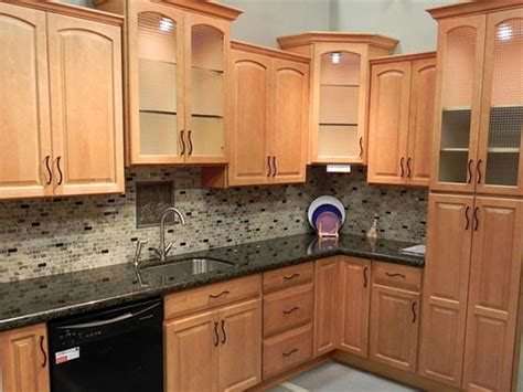 natural maple cabinets with caeserstone desert limestone this is pretty close to what i want light rustic birch