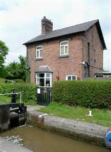 Cottage Hshire by Cottage By Hurleston Locks Cheshire 169 Roger Kidd Cc By Sa