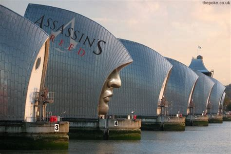 thames barrier video youtube assassin s creed stunt scares tourist to death the poke