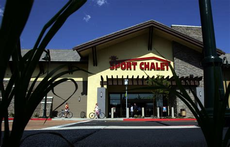 Sports Chalet Gift Card - sport chalet will close all stores and stop online sales la times