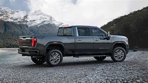 2020 Gmc 2500 Lifted by The Handsome 2020 Gmc Heavy Duty Is Here To Help