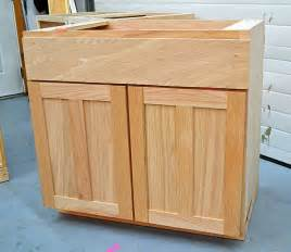 Building Kitchen Base Cabinets by Gallery For Gt Diy Build Kitchen Cabinet Doors