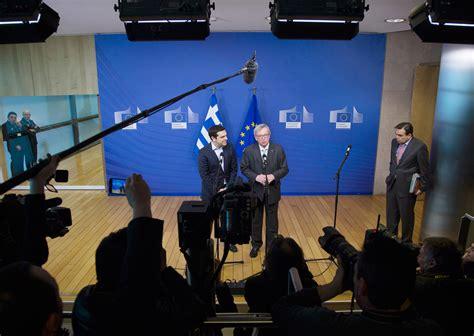 presidente della europea jean claude juncker a tsipras escludiamo il default