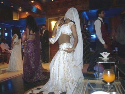top dance bar in mumbai mumbai dance bars can be reopened sc