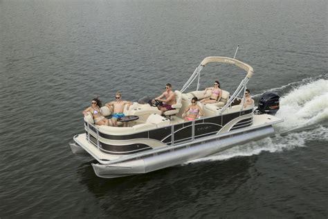 2017 atl boat show inside sylvan pontoons carefree boat - Sylvan Pontoon Boats